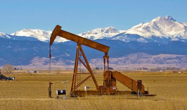 Oil well in Colorado